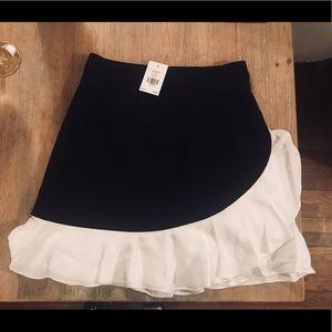Kate Spade Crepe Ruffle Skirt NWT size 4